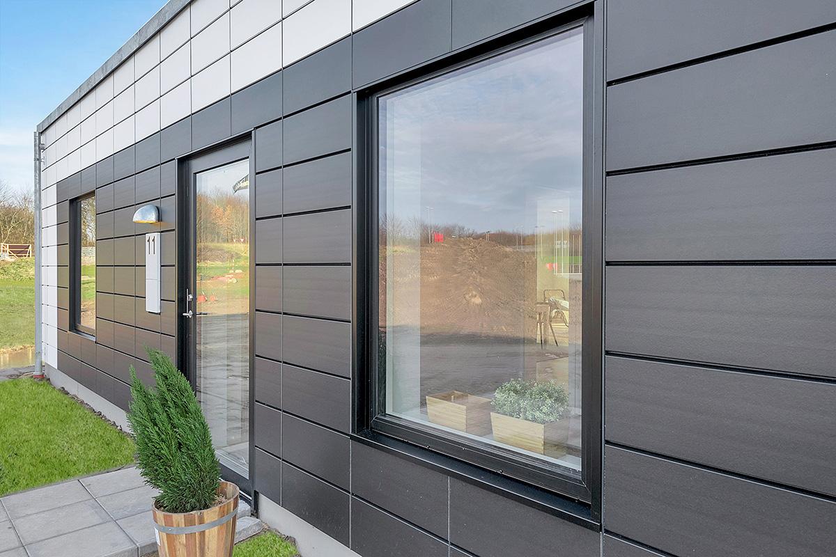 Holm-huse-skoedstrup-facade-eksterioer-vindue